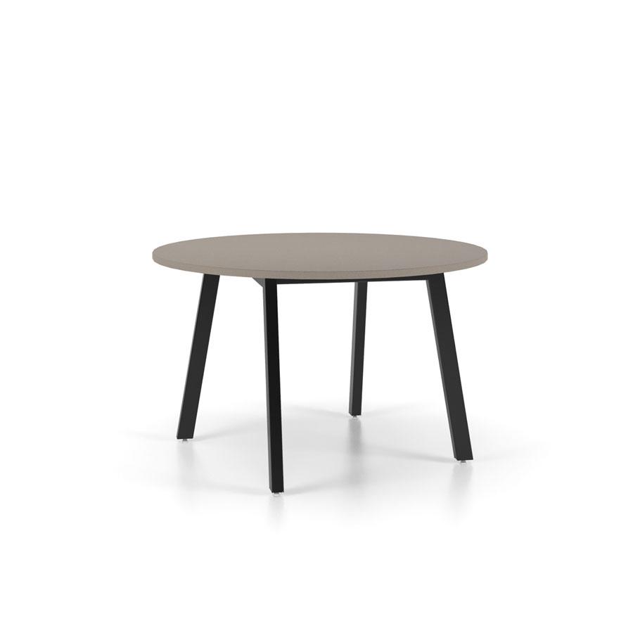 mesa redonda de madeira